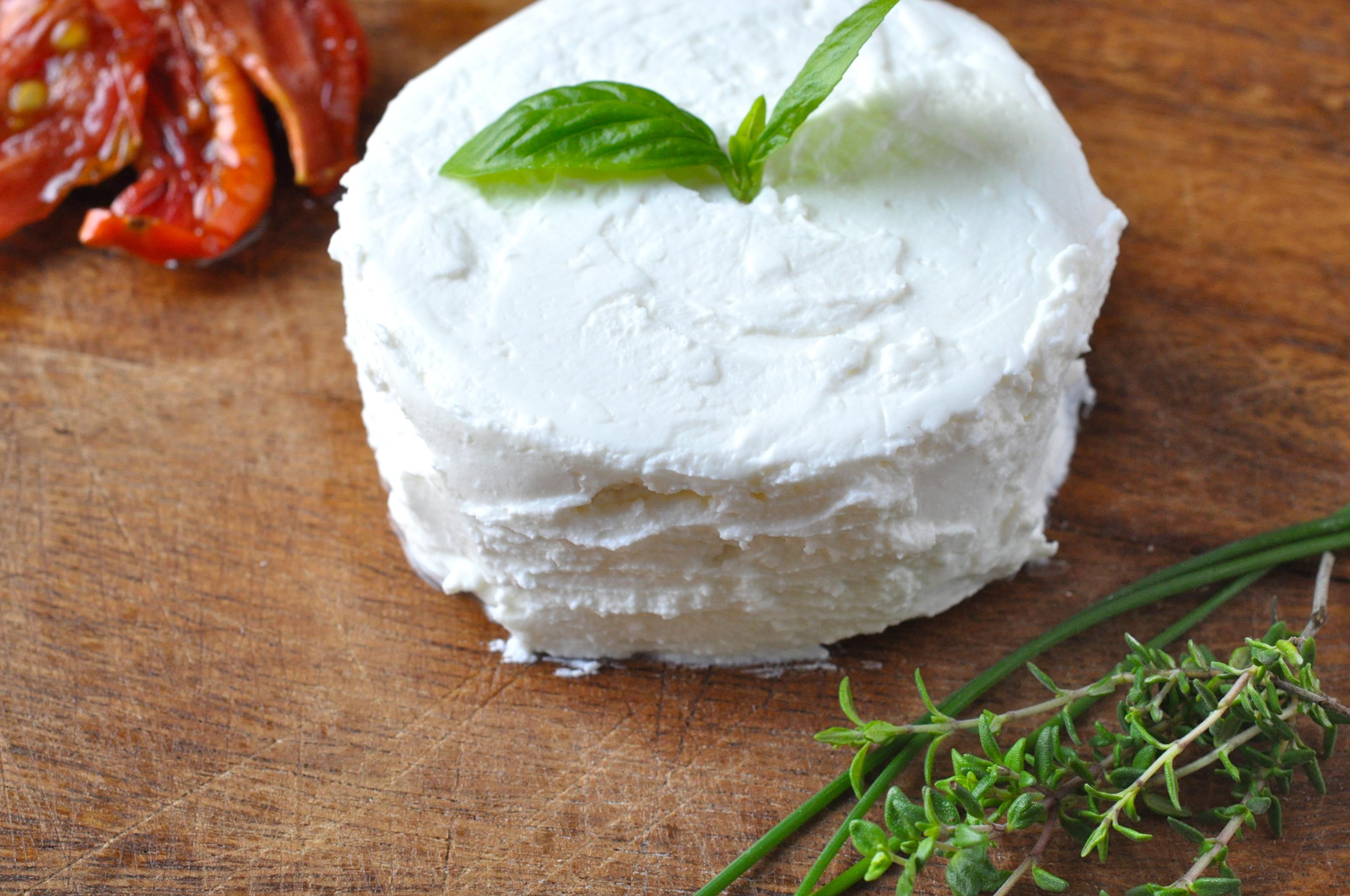 Сыр из свежего молока в домашних условиях рецепт