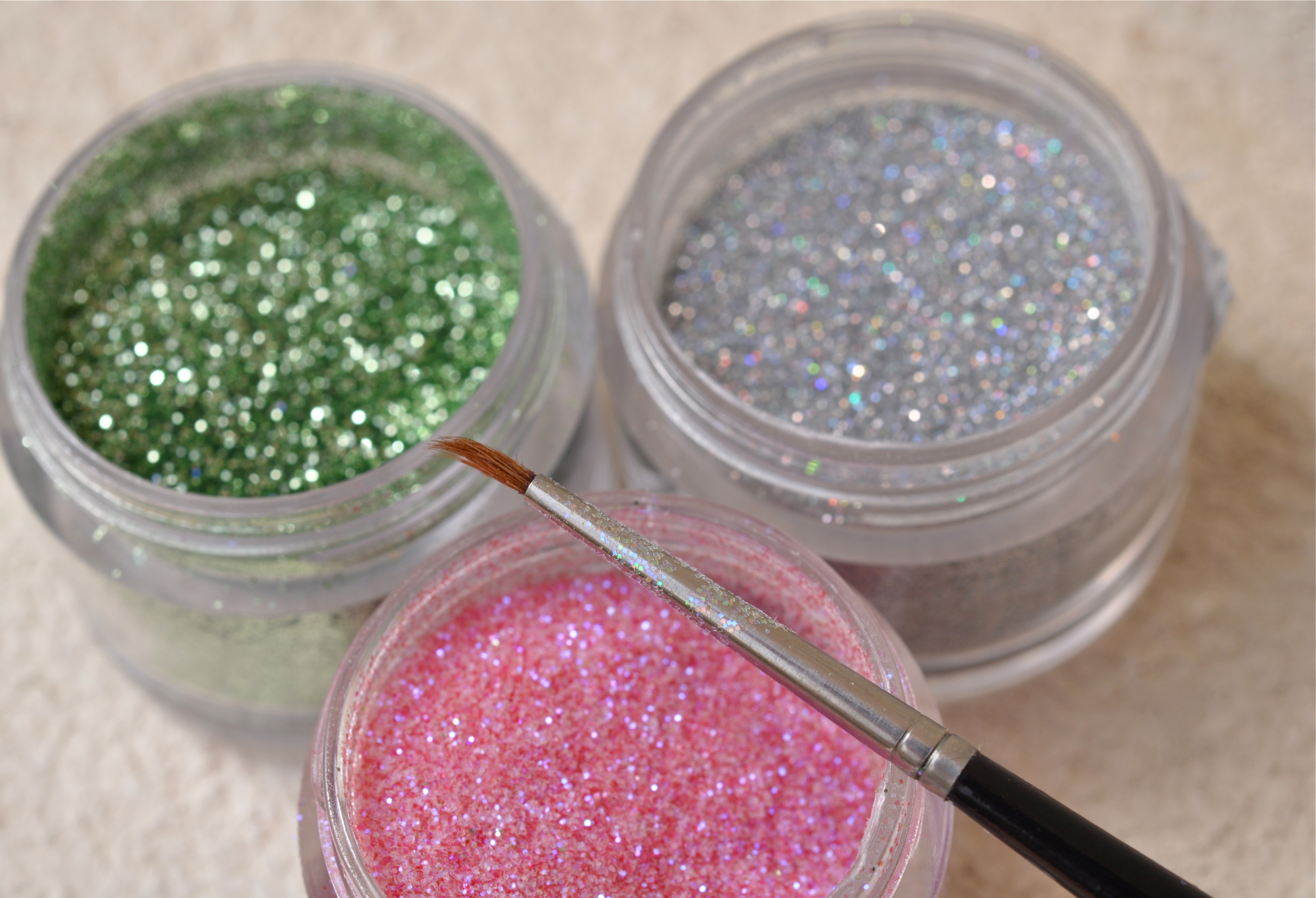 Edible glitter for cakes recipe