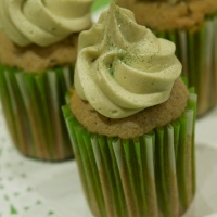 matcha tea and lemon cupcakes frosted with a matcha tea buttercream