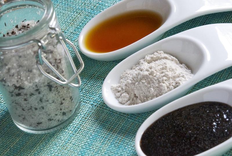 Make vanilla bean paste