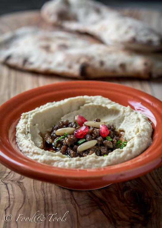 Hummus with Minced Lamb-0757