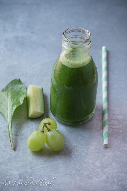 Spinach, grape,cucumber juice_IMK July 2015