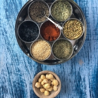 Dukkah | A Blend of Nuts and Spices